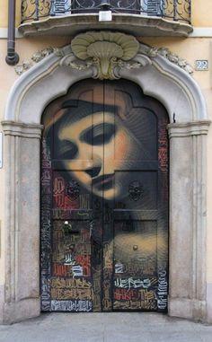 Door in Milan - Street Art - Graffiti Mural by El Mac #streetart