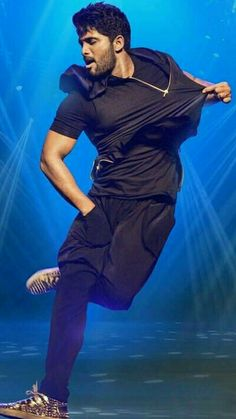 Allu Arjun Photos, Images, Pictures and HD Wallpapers Romantic Couple Images, Love Couple Images, Cute Boys Images, Actor Picture, Actor Photo, Allu Arjun Hairstyle, Dj Movie, Movie Photo, Famous Indian Actors