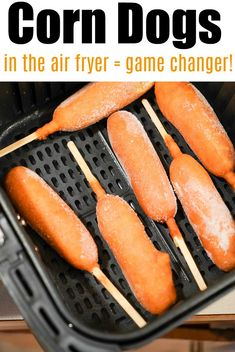 Air fryer corn dogs are the bomb! They cook way faster this way to get that nice crunchy texture on the outside with a tender hot dog in the center. Air Fryer Oven Recipes, Air Frier Recipes, Air Fryer Dinner Recipes, Corn Dogs, Instant Pot, Cooks Air Fryer, Electric Air Fryer, Air Fried Food, Food Hacks