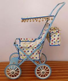 VINTAGE-CYCLOPS-DOLL-STROLLER-WITH-SHADE-POM-POMS-c-1960