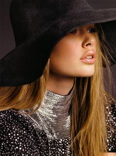 Doutzen Kroes #VSMyFallEdit Hats