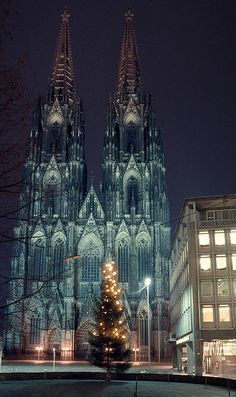 Christmas in Cologne Germany - beautiful cathedral. Cologne Cathedral is a Roman Catholic church in Cologne Germany. Christmas in Cologne Germany - beautiful cathedral. Cologne Cathedral is a Roman Catholic church in Cologne Germany. Places Around The World, Oh The Places You'll Go, Places To Travel, Around The Worlds, Germany Destinations, Voyage Europe, Cathedral Church, Chapelle, Place Of Worship