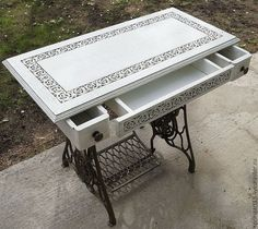 New Sewing Table Redo Shabby Chic Ideas Diy Furniture Table, Refurbished Furniture, Repurposed Furniture, Shabby Chic Furniture, Furniture Projects, Furniture Makeover, Painted Furniture, Furniture Design, Antique Sewing Machine Table