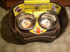 Neater Feeder! A Neater Way to Feed Your Pets! Hi Neighbors!