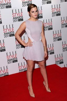 Emma Watson Photos Photos - Actres Emma Watson attends the 2011 ELLE Style Awards at the Grand Connaught Rooms on February 14, 2011 in London, England. - ELLE Style Awards 2011 - Arrivals