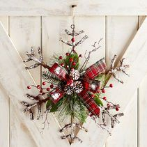 Rattan Snowflake Door Decor & Wreath | Pier 1 Imports
