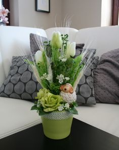 Some Ideas, Floral Arrangements, Easter, Wreaths, Throw Pillows, Make It Yourself, Table Decorations, Spring, Flowers