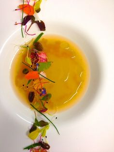 Eau de tomate et condiments de saison - The ChefsTalk Project