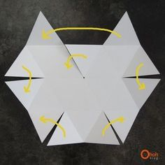 Geo Lampshade How to make a hanging light. Diy Geo Lampshade - Step to make a hanging light. Origami Templates, Origami And Kirigami, Paper Crafts Origami, Box Templates, Foam Crafts, Diy And Crafts, Draw A Hexagon, Origami Pencil Holder, Diy Lampe