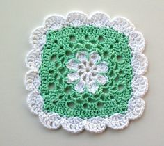 Pretty Scallops Dishcloth - free crochet pattern