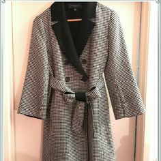 *Host Pick 2015* Anne Taylor wool coat Double breasted.  Larger than xs (tag reads xs), abt a med, but no large chests! Ann Taylor Jackets & Coats