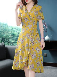 Shop Street Chiffon Floral Print A Line Dress at EZPOPSY. # Fashion dresses Street Chiffon Floral Print A Line Dress Trendy Dresses, Simple Dresses, Cute Dresses, Vintage Dresses, Casual Dresses, Fashion Dresses, Summer Dresses, Maxi Dresses, A Line Dresses