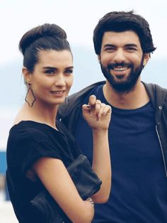 Best Tv Couples, Famous Couples, Turkish Beauty, Turkish Actors, Best Actor, Role Models, Pretty People, Couple Goals, Actors & Actresses