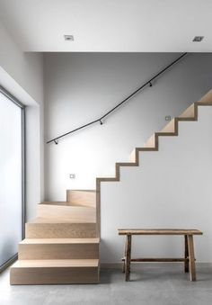 Awesome 43 Vintage Minimalist Home Stair Design Ideas That Look More Cool For Future Home Home Stairs Design, Interior Stairs, House Design, Stair Design, House Staircase, Staircase Railings, Winder Stairs, Staircase Makeover, White Interior Design