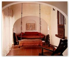 a hindoro - an indoor swing obligatory in every House in India. #Indian #Hindu #architecture #Design