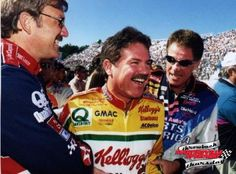 Terry Labonte was all smiles when @DaleJarrett and @AllWaltrip told him he would join them in the @NASCARHall #TBT