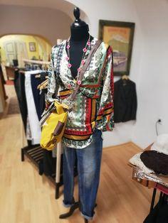 #fashionstorebook #outlet #outfitbook #fsbk #chicstyle #queenfsbk #fashion #potd #ootd #dnesnosim #nahodsa #oblecsa #dnespredavam #forsale #spisskanovaves #snv #novejša #letna41 #mestosnv #slovakia #slovensko Kimono Top, Ootd, Store, Women, Fashion, Moda, Fashion Styles, Larger, Fashion Illustrations