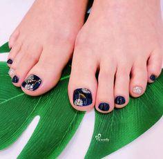 Toenail Art Designs, Summer Toe Nails, Feet Nails, Toe Nail Art, Pedicure, Like4like, Rings For Men, Korean, Summery Nails