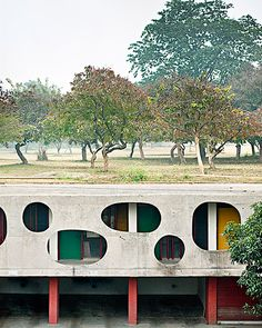 Chandigarh legislative assembly, back entrance - Le Corbusier photo by Manuel Bougot