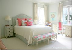 Gorgeous!!! girls' room: aquas, whites, and hot pinks