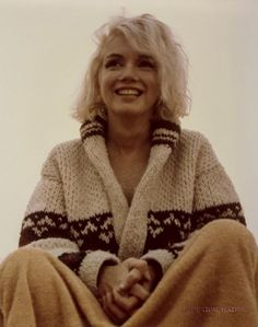 Marilyn Monroen viimeiset valokuvat huutokaupataan – Katso hehkeät rantaotokset! - Viihde - Ilta-Sanomat