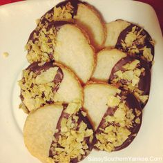 Chocolate Dipped Potato Chip Cookies ~ Sassy Southern Yankee