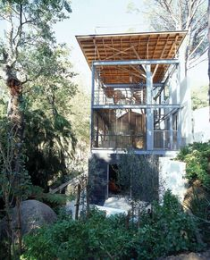Tree House by Van Der Merwe Miszewski Architects | HomeDSGN, a daily source for inspiration and fresh ideas on interior design and home decoration.