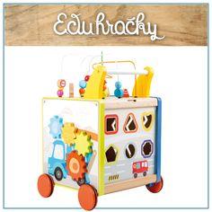 Drevené chodítko na kolieskach s motívom mesta ponúka tým najmenším deťom veľa zábavy. Chodítko z dreva s piatimi rôznymi aktivitami pre zvedavé deti. Chodítko je vyhotovené z kvalitného dreva a má zaoblené hrany. Kolieska sú pogumované pre hladkú a tichú jazdu. Toy Chest, Storage Chest, Toys, Furniture, Home Decor, Activity Toys, Decoration Home, Room Decor, Clearance Toys