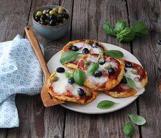 Egy finom Karfiolpizza mozzarellával ebédre vagy vacsorára? Karfiolpizza mozzarellával Receptek a Mindmegette.hu Recept gyűjteményében! Mozzarella, Vegetable Pizza, Pancakes, Vegetarian, Vegetables, Breakfast, Food, Morning Coffee, Essen
