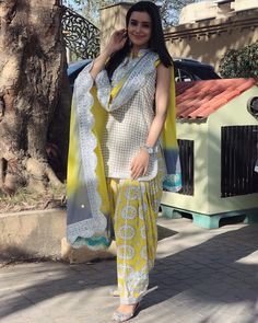 Image may contain: 1 person, standing and outdoor Punjabi Fashion, Bollywood Fashion, Indian Fashion, Kids Party Wear Dresses, Girls Party Wear, Indian Dresses, Indian Outfits, Net Dress Design, Dress Designs For Girls