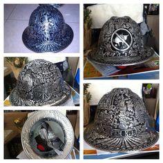 #Engraved metal #helmet for #souvenirs