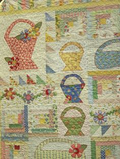 Basket & log cabin quilt- Jina's World Of Quilting: March 2011 Sampler Quilts, Scrappy Quilts, Mini Quilts, Antique Quilts, Vintage Quilts, Vintage Sewing, Quilting Projects, Quilting Designs, Quilt Design