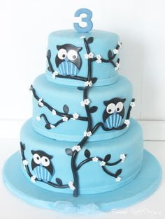 Emmas KakeDesign: Uglekake Birthday Parties, Birthday Cake, Cake Tutorial, Owl, Tutorials, Sweets, Baking, Party, Desserts
