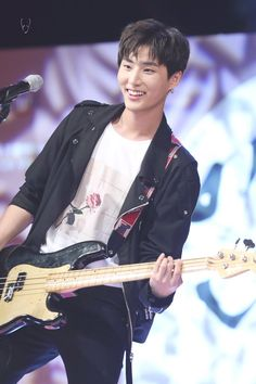 Young K / Brian - DAY6 - @AlienGabs51
