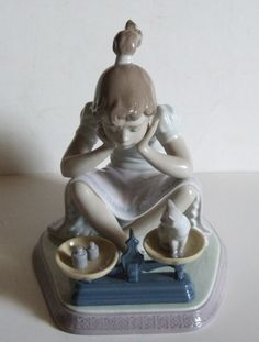 """Lladro # 5474 """" How You've Grown """"  Girl Weighing Cat Kitten on Scales Perfect"""