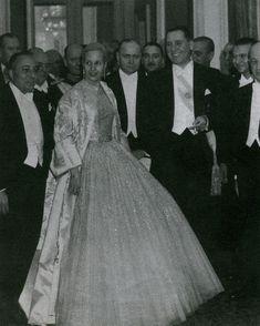 Stars in Dior- Εβίτα Περόν,