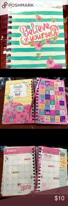 2017 Kiut Agenda year planner Beautiful girly, Spanish and English agenda with stickers included. Other