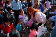 """""""Desde el Estado vamos a fortalecer al sector de la economía social y ayudar a los que ayudan"""" http://www.ambitosur.com.ar/desde-el-estado-vamos-a-fortalecer-al-sector-de-la-economia-social-y-ayudar-a-los-que-ayudan/ Lo dijo la ministra de la Familia y Promoción Social del Chubut, Rosa González, al acompañar una iniciativa solidaria que se desarrolló en el marco de la tradición de los Reyes Magos, y en la que organizaciones sociales de Comodoro Rivadavia entregaron"""