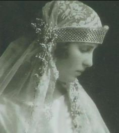Princess Olga of Greece and Denmark in the day of her wedding with Prince Pavle of Yugoslavia. Octuber 22, 1923