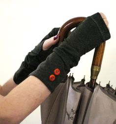 Soft grey  fingerless stretch gloves with vintage by WearMeUp
