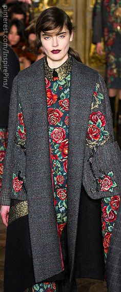 Antonio Marras Love the combination grey - flowers