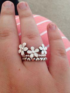 Pandora rings - daisy - flower - hearts - cute - birthday present