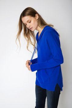 The Hoodie Cashmere Sweater in Cobalt Blue Cashmere Hoodie, Sweater Hoodie, Cashmere Sweaters, Uk Size 16, Cobalt Blue, Looks Great, Bell Sleeve Top, Hoodies, Denim