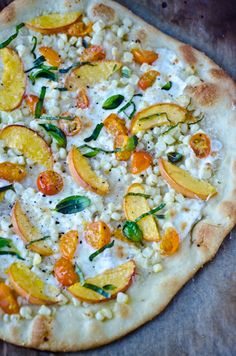 SUMMER BLISS - Sweet peach and corn pizza
