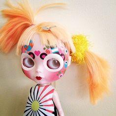 "broken blythe doll pictures | 1000+ images about ""Blythe"" Gone Wild on Pinterest | Blythe dolls, Y ..."
