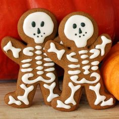 Scrambled Henfruit: Skeleton Cookies