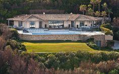 Saint-Tropez Villa Salutes French Riviera Lifestyle