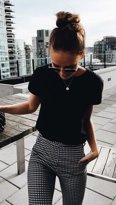 fee9ed6a026 summer outfits Black Tee + Gingham Pants Pair with Simple Blazer (Work  Outfit)