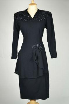 1940s-vintage-dress-black-crepe-bead-sequin-detail-front