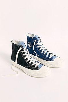 Mode Converse, Hi Top Converse, High Top Chucks, Sneakers Mode, Converse Sneakers, Sneakers Fashion, High Top Sneakers, Denim Converse, Converse Outfits